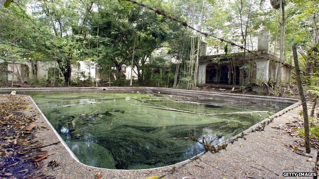 Escobar's house and pool, photographed in 2004