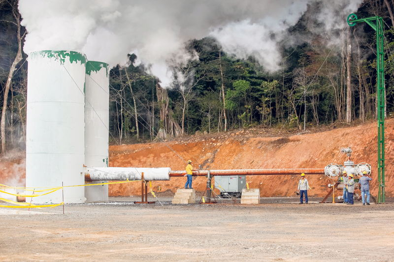 Construction of Pailas II geothermal plant , in Guanacaste, began in 2013 and continued this year. The plant is owned by the ICE. |Photo: Nacion.com,  JORGE ARCE