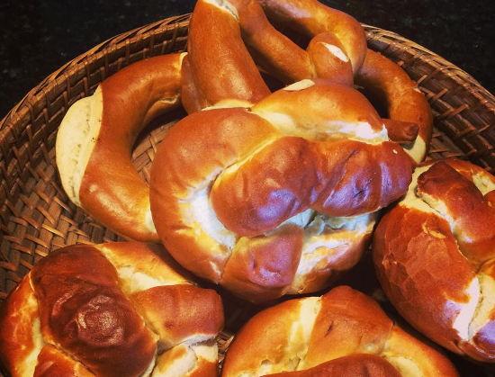 Fresh Baked German Bread Now in Escazú!