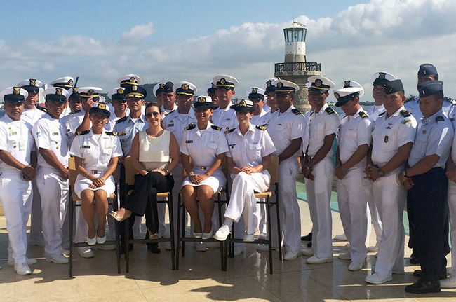Interdiction training: The 12th International Coast Guard Course concluded in Cartagena, Colombia, on November 27. The Colombian National Navy provided training to naval officers from eight countries from the Americas. [APC-Colombia]