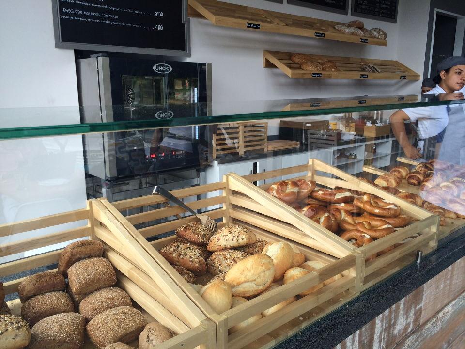 mocapan-bread