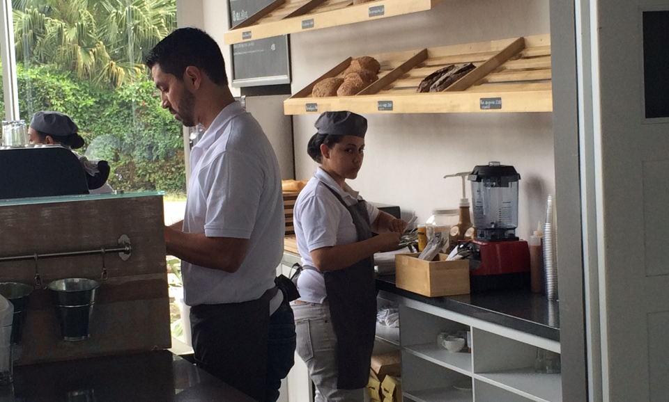 mocapan-staff
