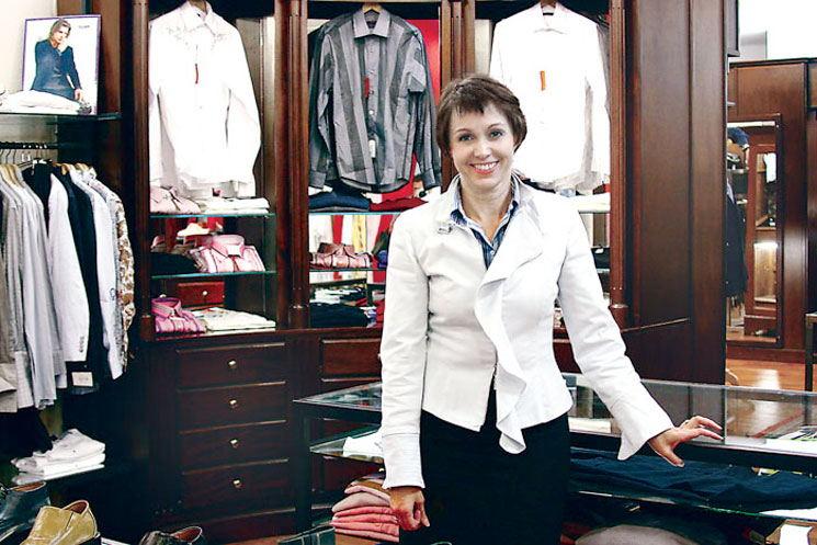 Roxana Méndez, general manager of Saúl E. Ménez men's clothing stores.