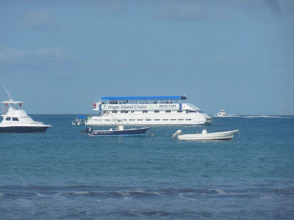 Costa Rica Requests Help Of U.S. For Submarine To Reach Sunken Catamaran