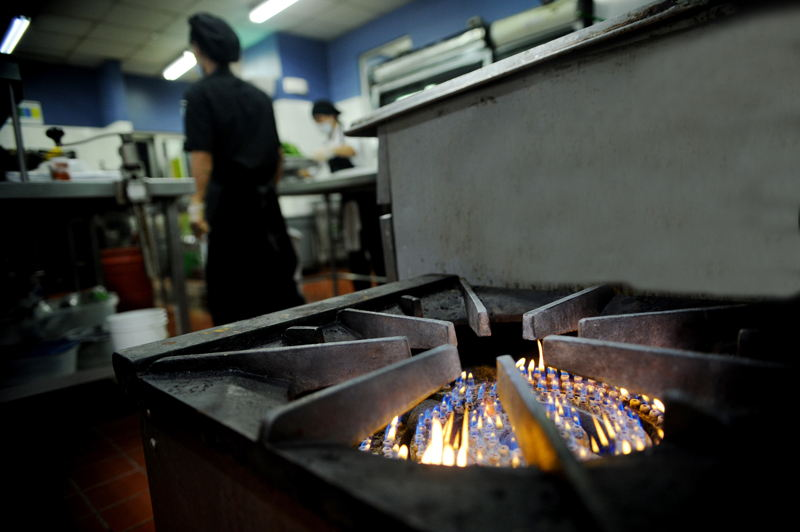 One third of households in Costa Rica use LPG cook with propane; industry uses it in processes.