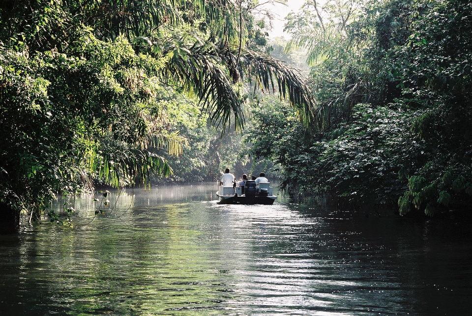Tortuguero_boat_trip