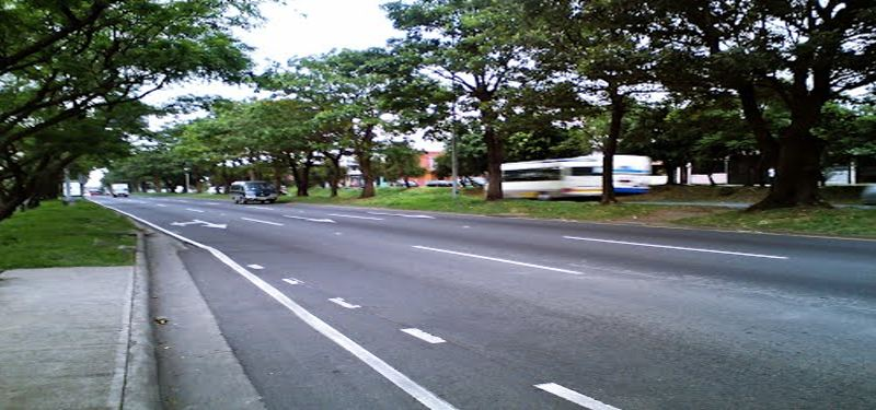 The portion of the Circunvalación through Hatillo 7. This secion is more like a street, with traffic lights at three intersections, rather than a thruway, f