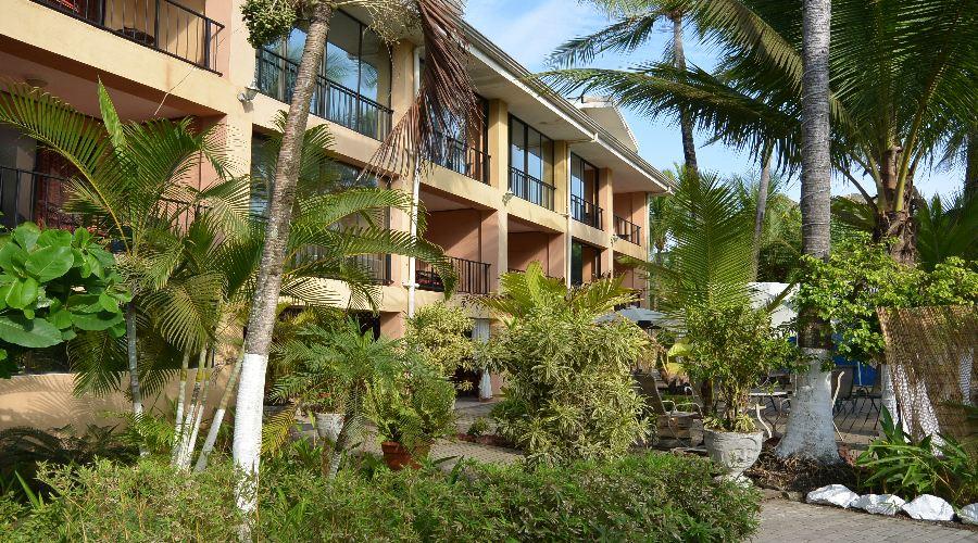 Copacabana Desire hotel in Costa Rica offers Canadians dollar at par.