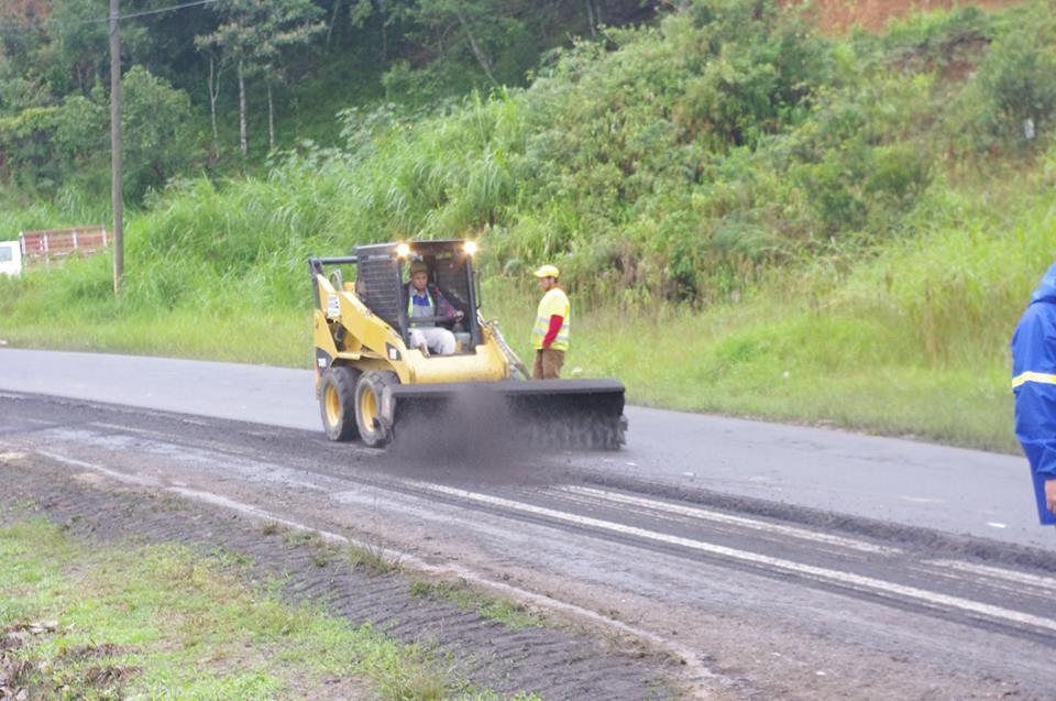 costa-rica-road-building1662
