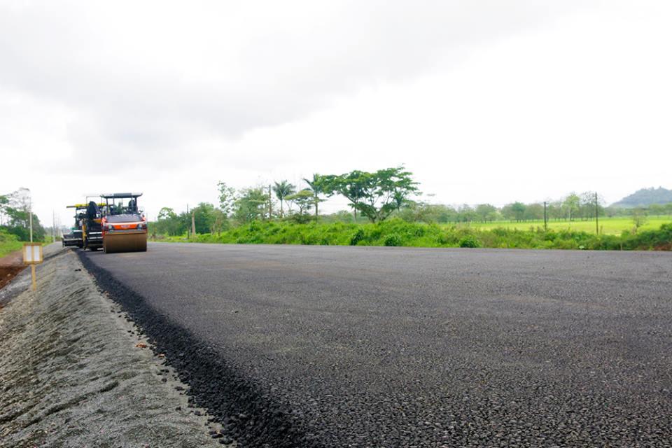 costa-rica-road-building1671