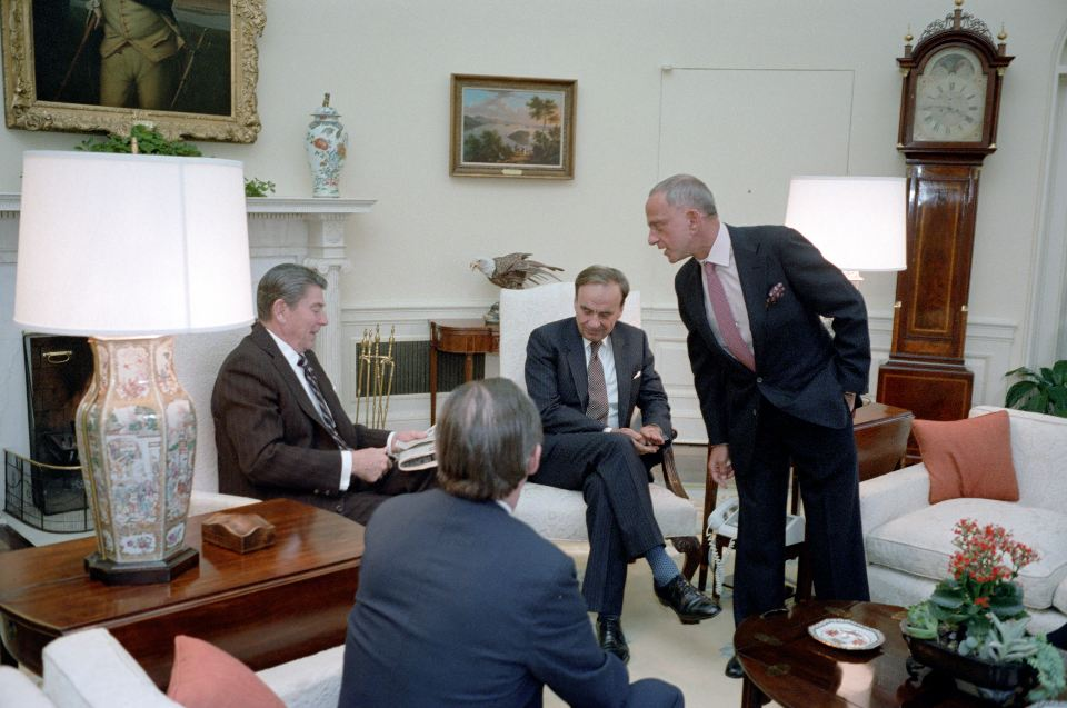 President Reagan meets with publisher Rupert Murdoch, U.S. Information Agency Director Charles Wick and lawyers Roy Cohn and Thomas Bolan in the Oval Office on Jan. 18, 1983. (Photo credit: Reagan presidential library)