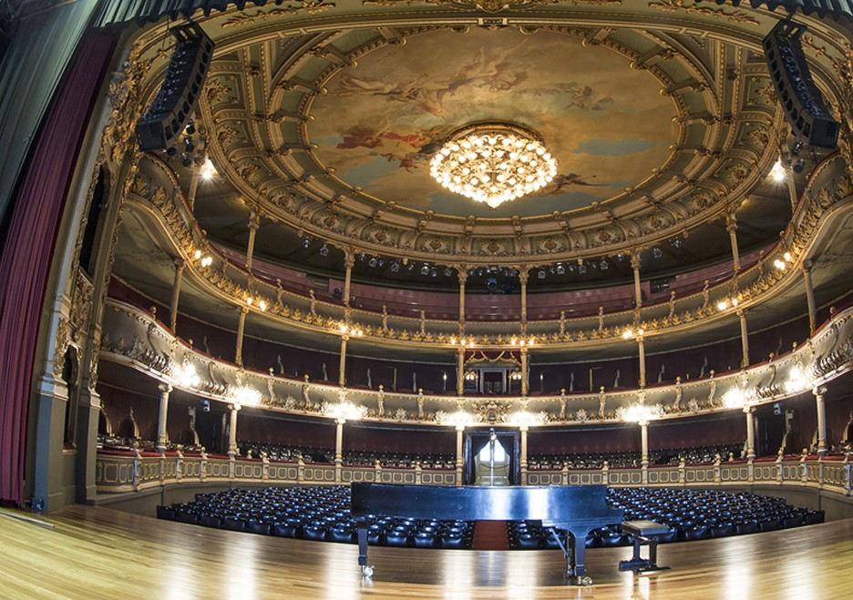 The interior of Costa Rica's Teatro Nacional