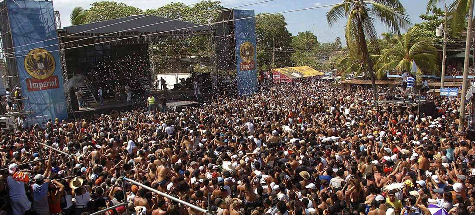 The Puntarenas festival is one of the largest annual events. Photo archives.