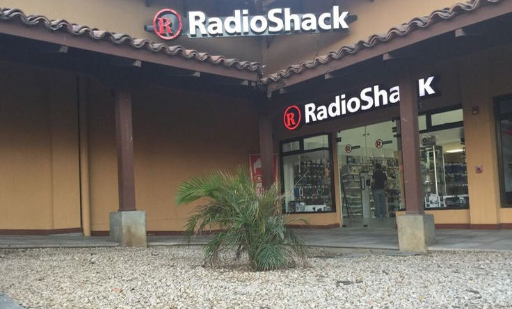 In December, Radio Shack opened its 12th store in the country, located in Liberia, Guanacaste. Photo: El Financiero