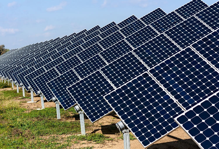 Solar-power-plant-