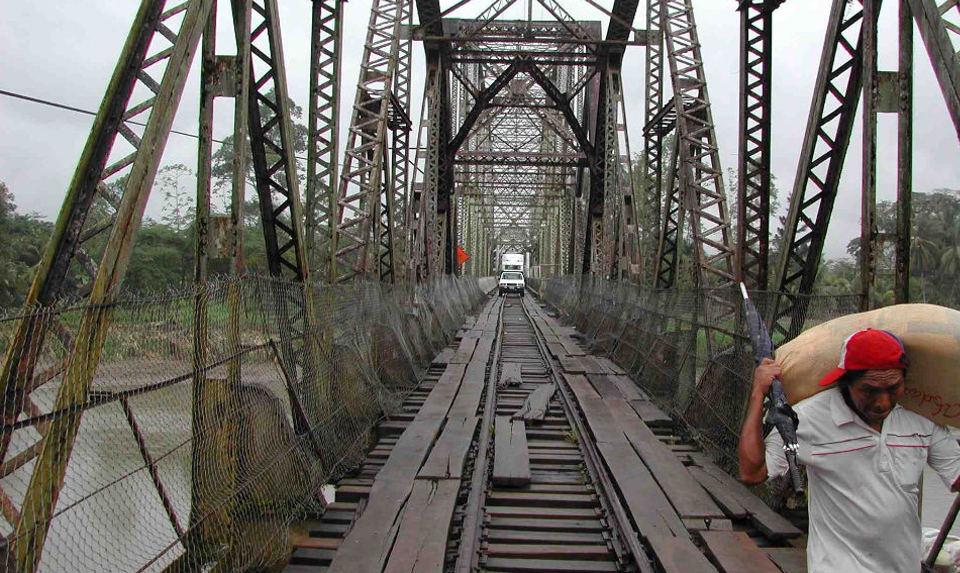 Border bridge between Costa Rica and Panama, at Sixaola. Photo from reddit.com post