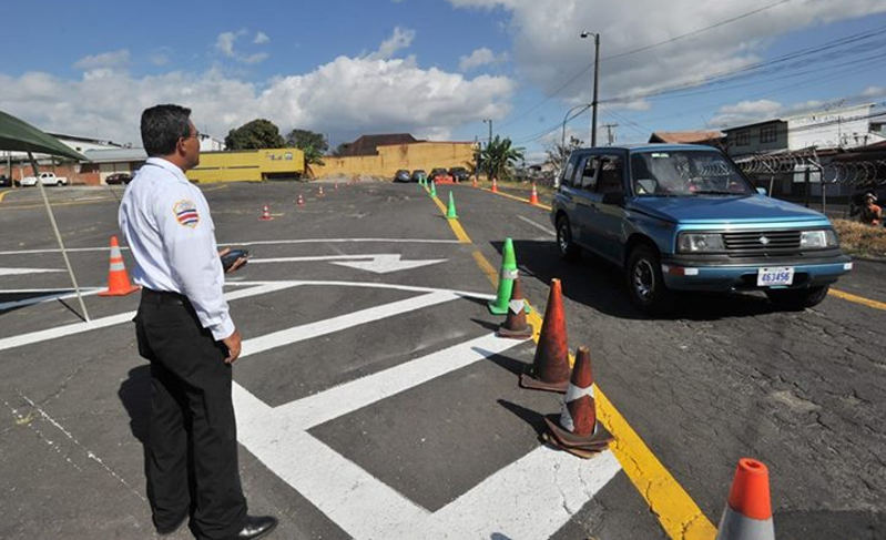 Private Groups Sell Appointments For Drivers License in Costa Rica
