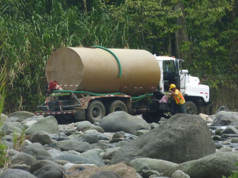 The Banano river will b nain source of water forL Limón. | Photo La Nacion archives