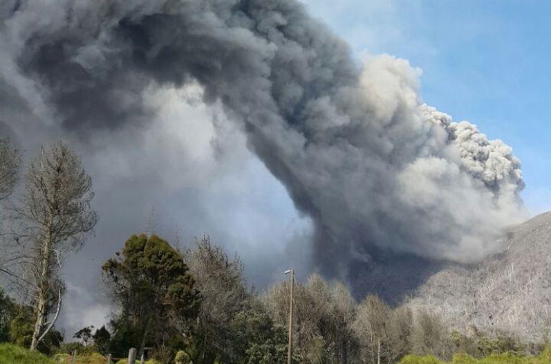 Volcan-Turrialba_LNCIMA20150312_0113_27