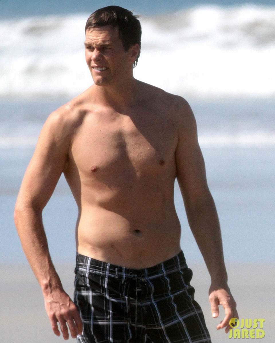Tom Brady Goes Shirtless in Costa Rica Beach Stroll