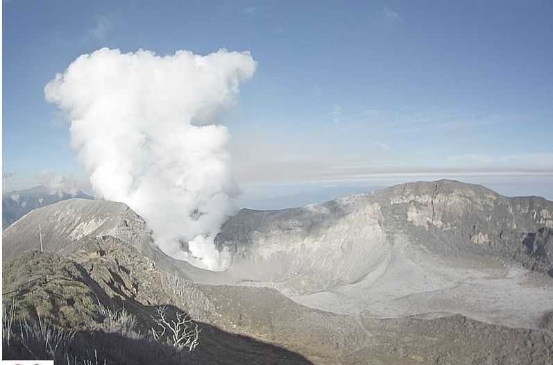 The Turrialba volcano Tuesday morning. Photo  (Observatorio Vulcanológico y Sismológico )