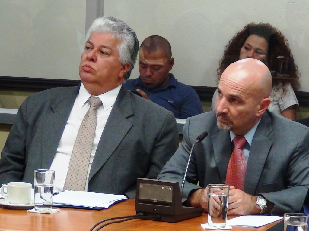 (From left) Melvin Jimenez with Mariano Figueres, head of the country's intelligence service, the DIS