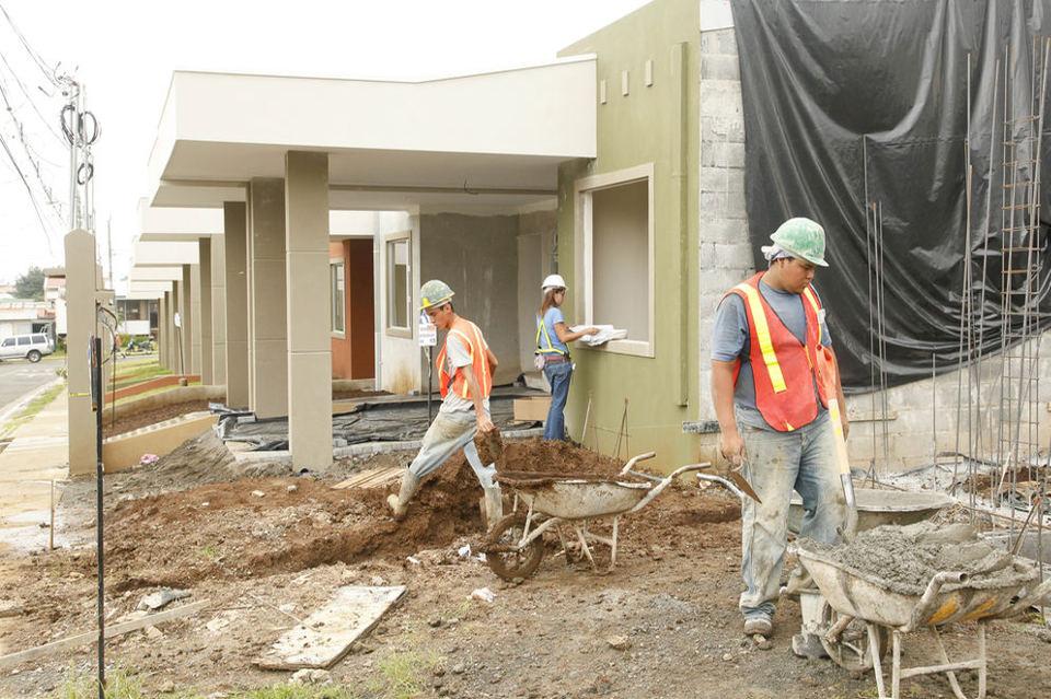 aprobado-diputados-vivienda-construccion-propiedad_LNCIMA20150317_0152_27