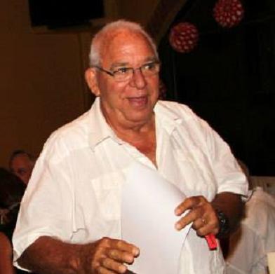Barry Lawson, founder of the Amigos de la Educación