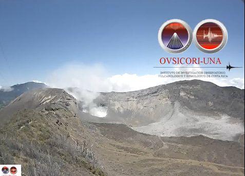 Turrialba Volcano Eruption on April 5, 2015 (Video)