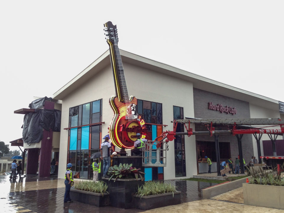 Hard Rock Cafe Guanacaste Looking To Hire