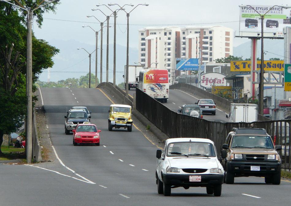 Juan Pablo II Bridge Closed Sunday