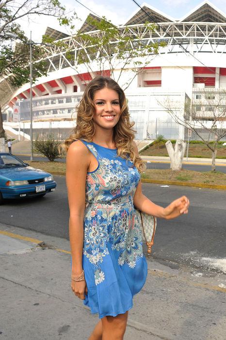 miss-costarica-2015-ashley-heinschik