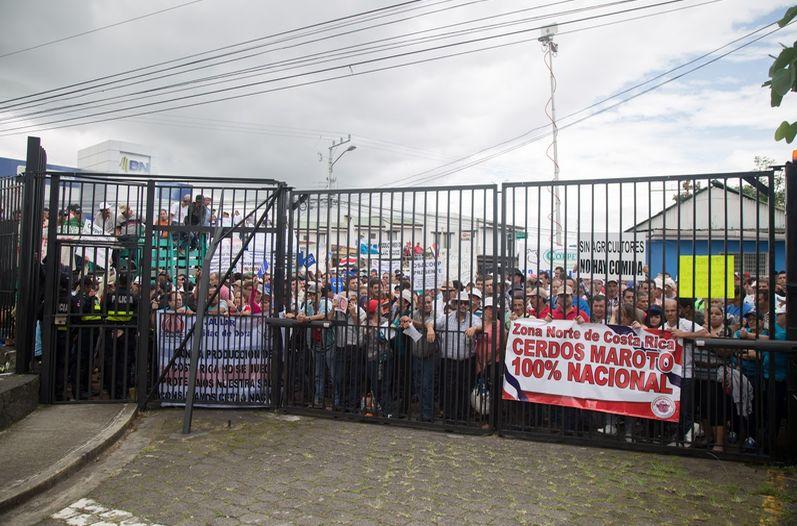 Agro-solicita-Gobierno-enfrentar-problema_LNCIMA20150623_0112_5