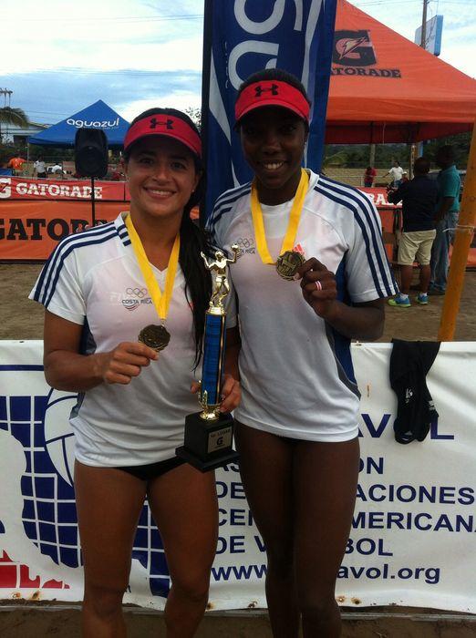 Karen_Cope-Natalia_Alfaro-voleibol_de_playa_LNCIMA20150614_0150_27