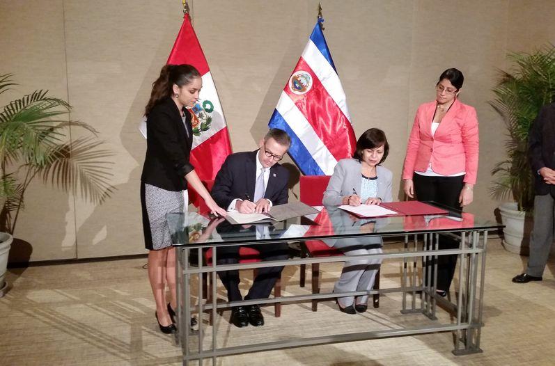 Peru Drops Visa Requirement For Ticos
