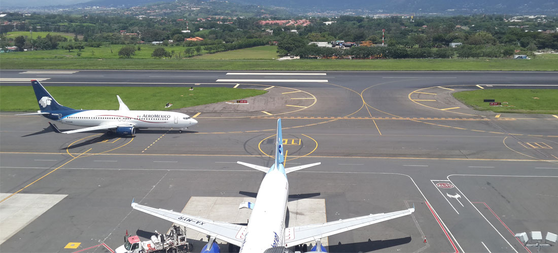 Congestion at the Juan Santamaria airport means arrivals can take up to an hour from touch down, through immigration and customs and out the terminal door.