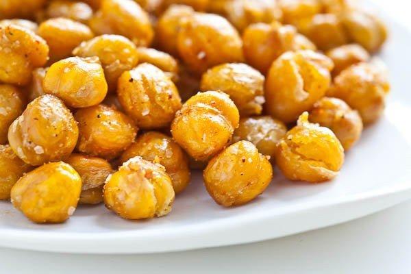 roasted-chickpeas-garbanzo-beans-3154-2-600x400