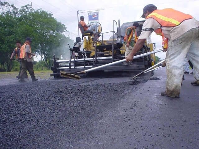 New Name, Same Bureaucracy. MOPT Continues With Deficeincies in Roads Instrastructur