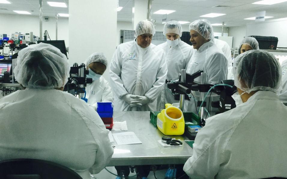 President Luis Guillermo Solis touring the new Bayer plant. Photo Casa Presidencial