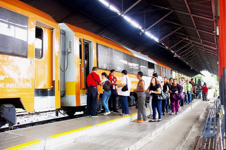Legislator Warns Of Government's Plan Of Additional Tax on Vehicles To Finance Electric Train