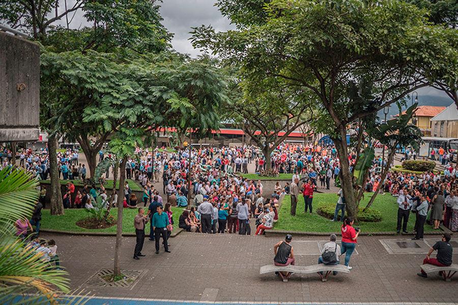 030915-Simulacro-gente-plaza-garantias-sociales