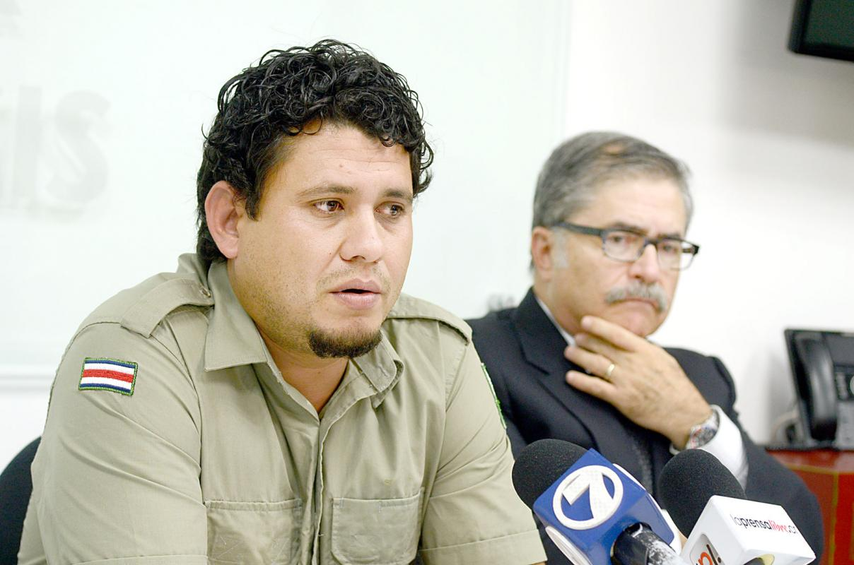 """Mauricio Steller (left) with his lawyer, Juan Diego Castro, in a television interview Wednesday, about his """"unjsut conviction""""."""