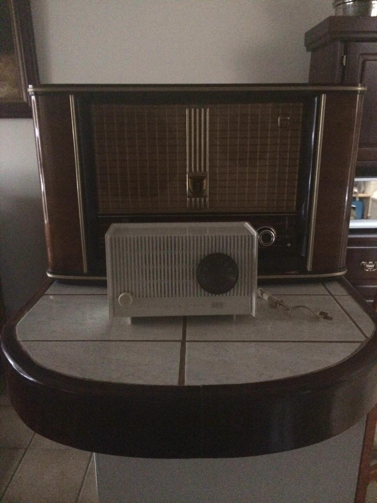 Philips-y-RCA-el-blanco-copia