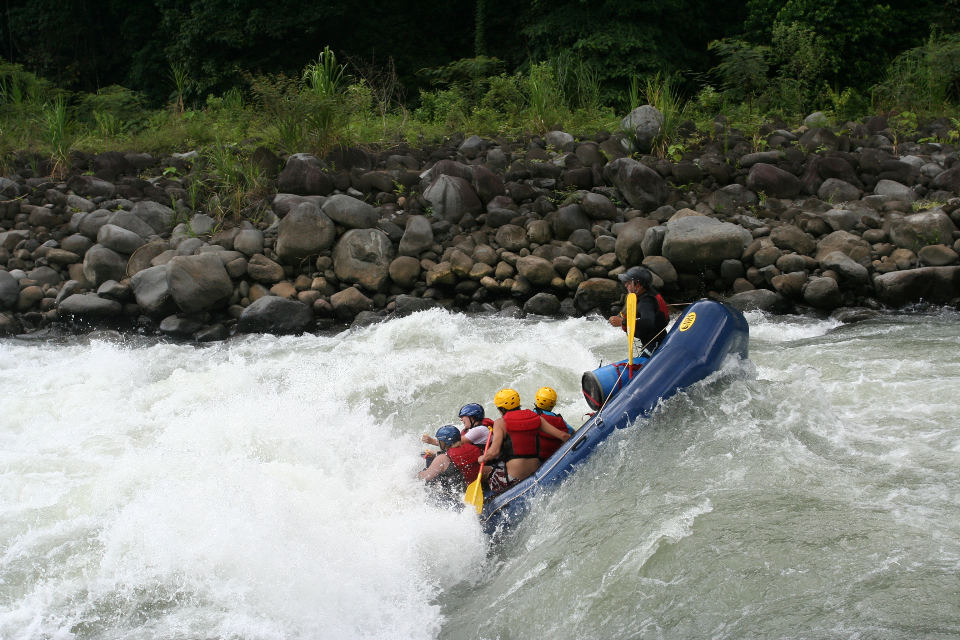 """""""Pacuare River Rafting"""" by Goworldgo"""
