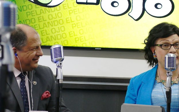 Solis being interviewed by Camelia Llanta (a character played by comedian )