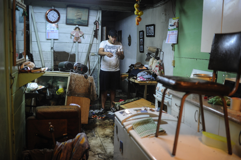 27/10/2015. San Pedro, Barrio Luján. Inundaciones en diversos sectores de la Capital. En la imagen: Foto: Gabriela Téllez