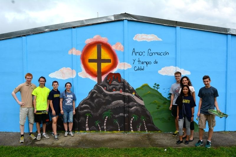 Quebec Students Help Out Costa Rica Orphanage