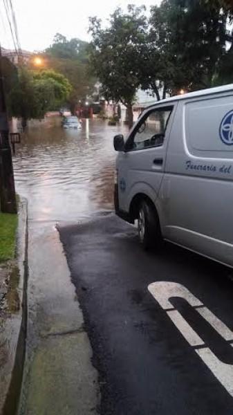 sanjose-flooding-oct27-losyoses