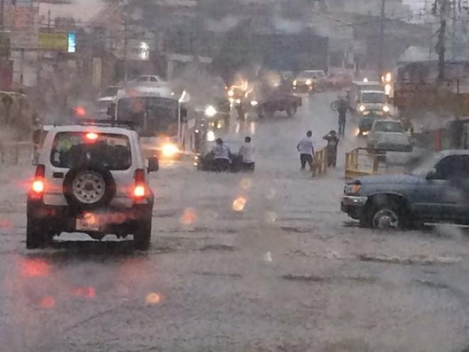 sanjose-flooding-oct27-moravia