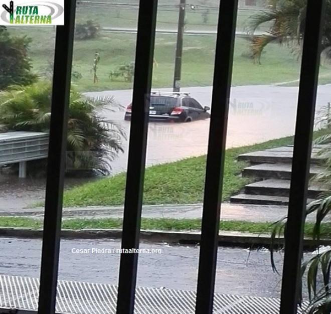 sanjose-flooding-oct27-pavas